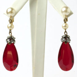 Vintage ruby glass earrings w/diamanté & pearls