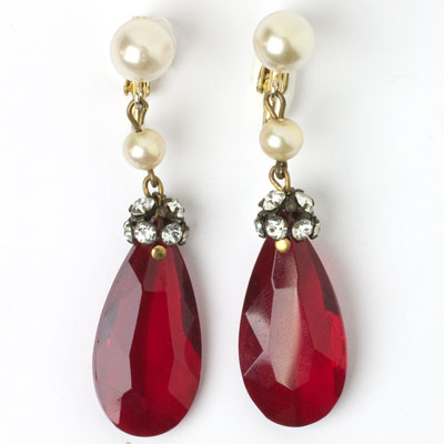 Front of 1950s pendant earrings