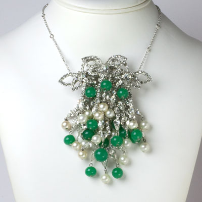 Brooch as pendant on chain