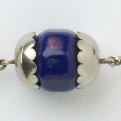 Close-up view of center bead