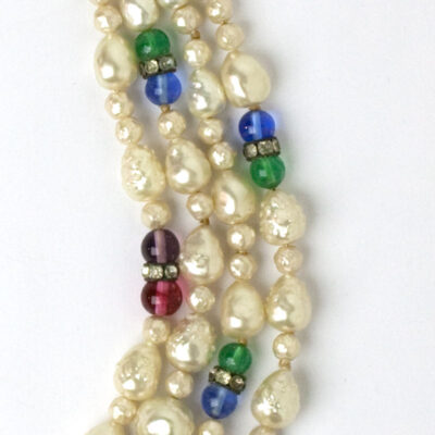 Side view of Louis Rousselet necklace