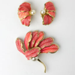 Vintage leaf earrings & brooch by Hattie Carnegie