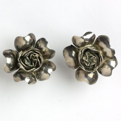 Another view of flower earrings