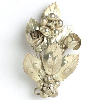 Hobé sterling silver brooch with flowers & leaves