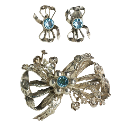 Bow brooch & earrings w/aquamarine