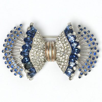 Pennino brooch with sapphires & diamante in 2-layered bow