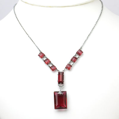 1920s pendant necklace with rectangular, ruby-glass stones