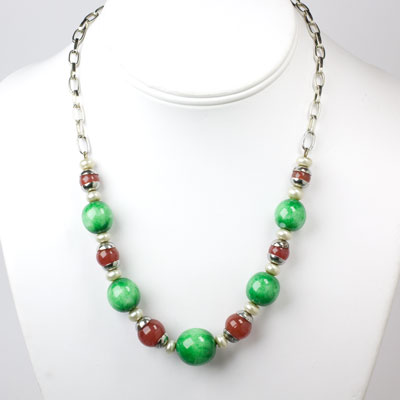 Jade and pearl necklace with carnelian beads