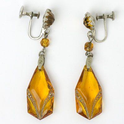 Full view of screw-back earrings