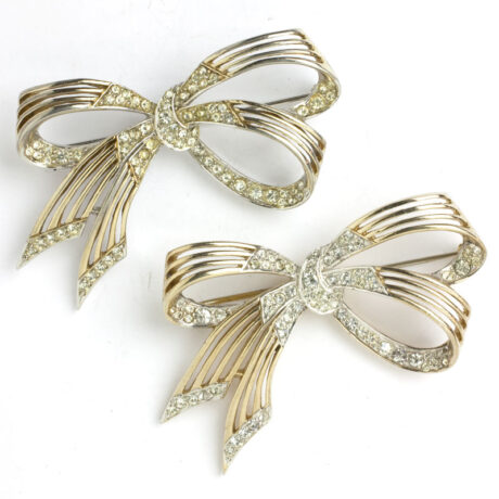 Pair of 1950s brooches with delicate gold & pave ribbons
