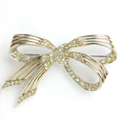 1950s Boucher bow brooch