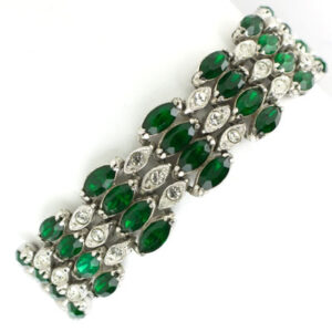Vintage emerald bracelet with diamanté