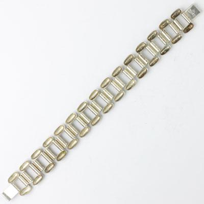 Back of Ikora bracelet