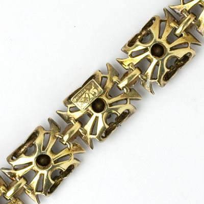 Close-up view of Coro bracelet back
