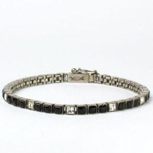 Full view of bracelet