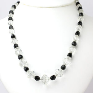 Crystal bead necklace with alternating onyx beads