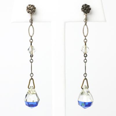 Art Deco pendant earrings with bi-color beads