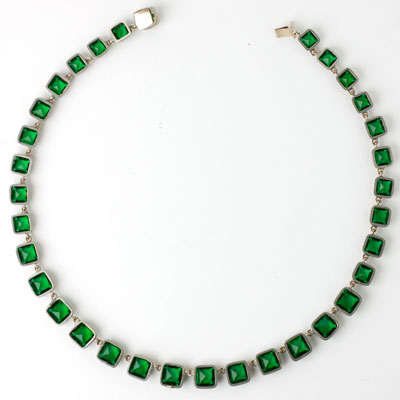 Back of emerald Art Deco choker necklace