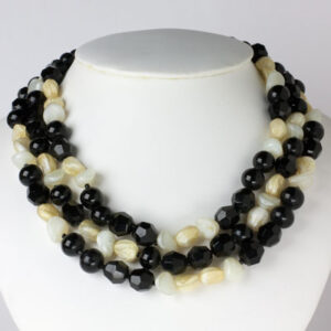 Black & white beaded necklace by Hattie Carnegie