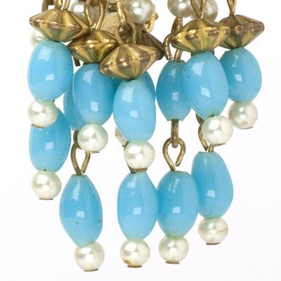 Close-up view of dangling beads & pearls