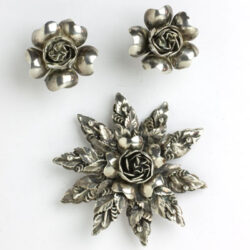 Hobé sterling jewelry set w/floral motif