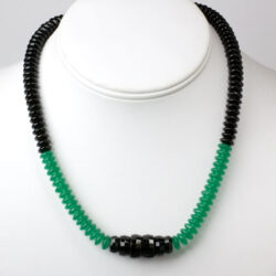 Onyx & chrysoprase bead necklace