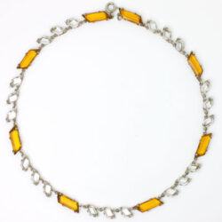 Variation of chicklet necklace w/parallelograms