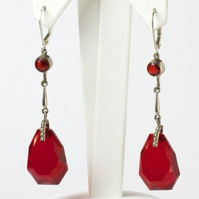 Ruby red earrings from the 1920s