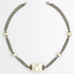 Silver-mesh chain & pearl necklace