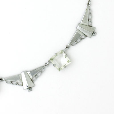 Close-up view of necklace front
