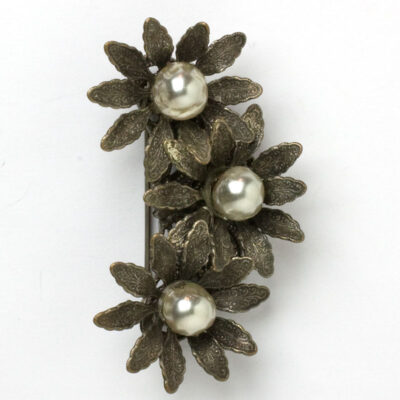 Miriam Haskell brooch with trio of flowers