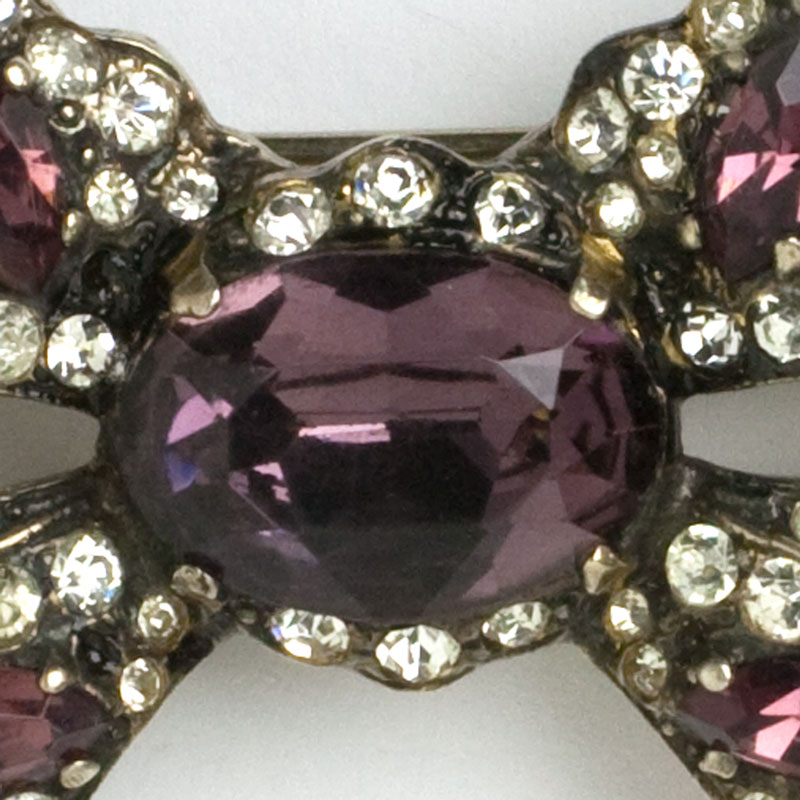 Close-up view of Eisenberg brooch center