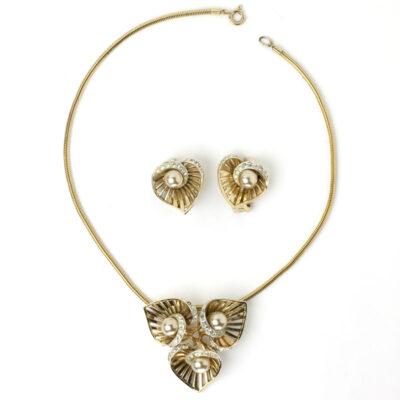 Boucher earrings & brooch/pendant set