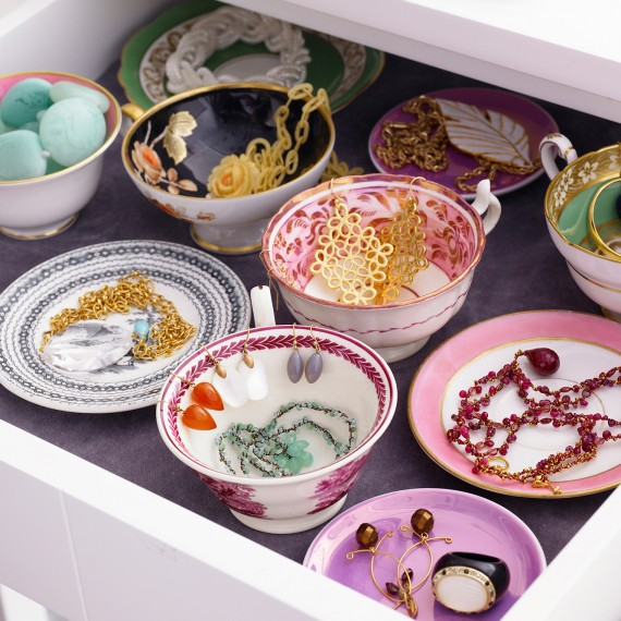 Storing costume jewelry in tea cups, by Martha Stewart