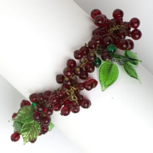 Emerald & ruby bead bracelet with leaves