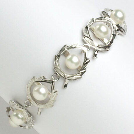 1950s sterling silver and pearl bracelet
