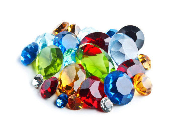 Celebrate Mother's Day with a Vintage Birthstone Jewel