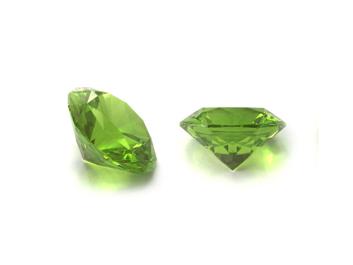 How to Wear August's Birthstone: Peridot