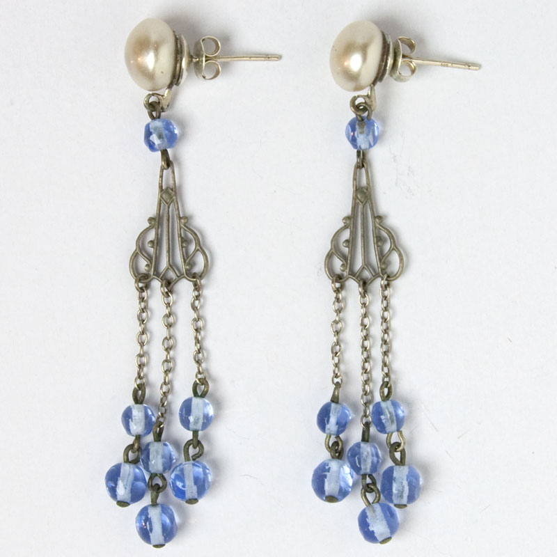 Art Deco pearl & dangling blue bead earrings