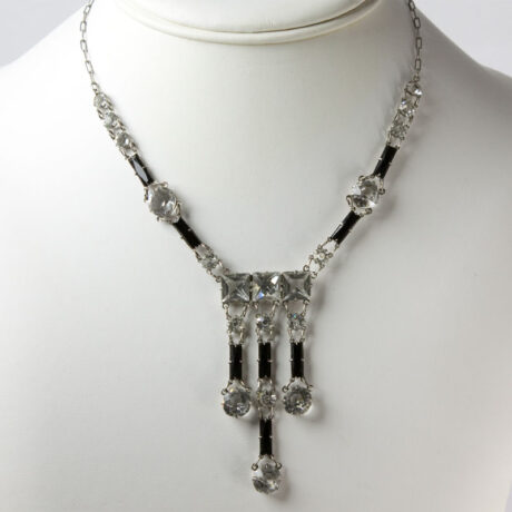 Vintage crystal necklace with onyx & 3 drops
