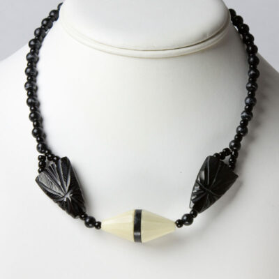Vintage bead necklace in black and cream