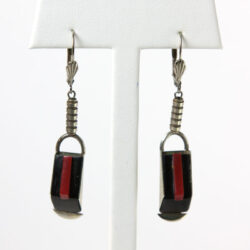 Jakob Bengel earrings in red and black Galalith