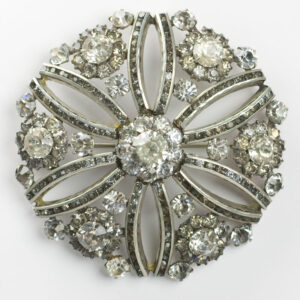 Circle brooch with black & white diamanté