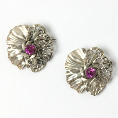 Hobe brooches with pink tourmaline