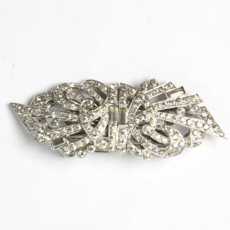 Another frontal view of Mazer double-clip brooch