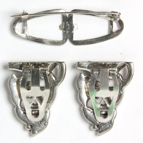 Back of dress clips and brooch mechanism