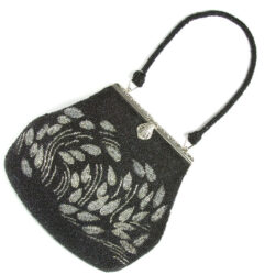 1930s handbag with black & silver beads