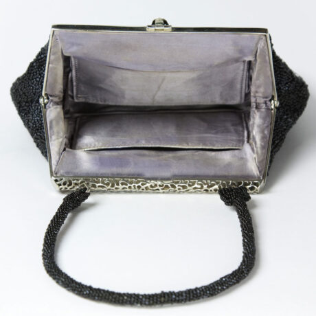 Purse interior, showing pocket on each side