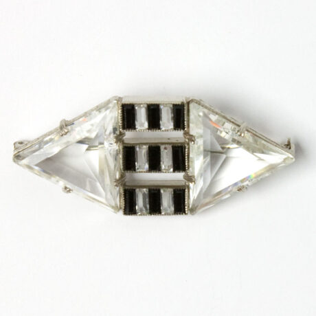 Crystal & onyx brooch in horizontal position