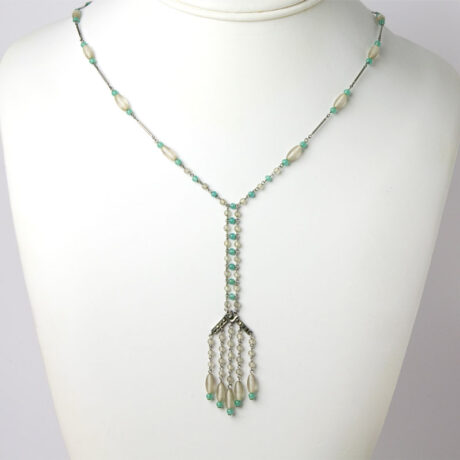 Green & white beaded sautoir